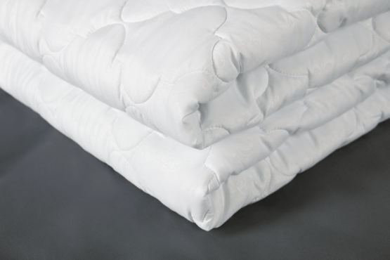 Купить теплое силиконовое одеяло в Полтаве Украина