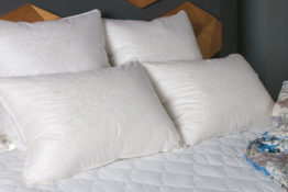 Мягкие подушки из тика и искусственного волокна MIRTEX (МИРТЕКС) купить в Полтаве Украина